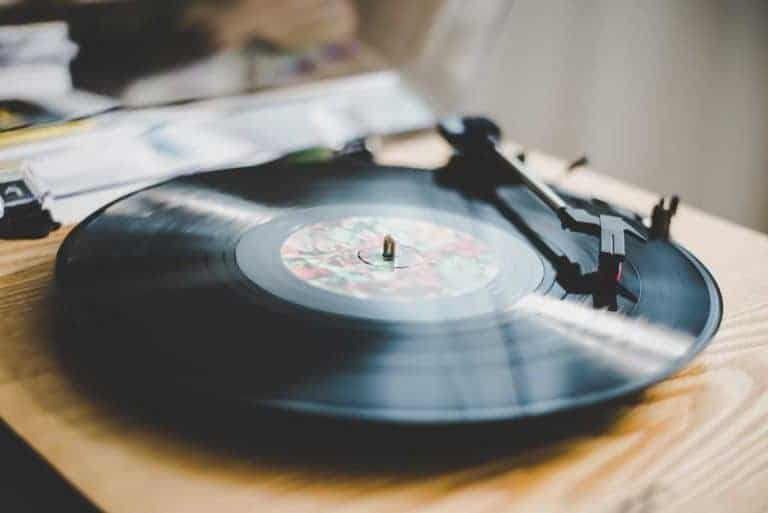 Are Vinyl Records Coming Back? A Helpful Guide Of Recent Album Sales